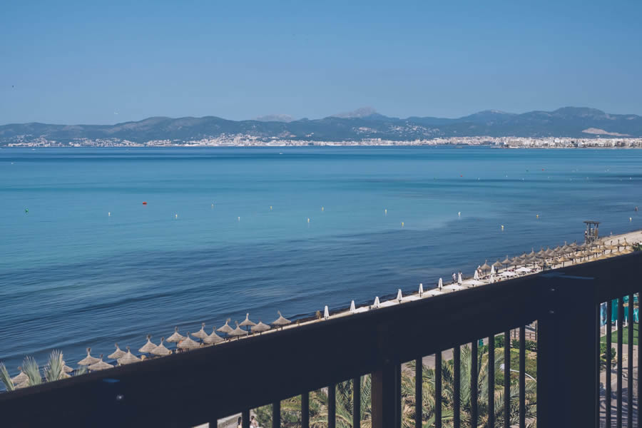 holidays in the double room sea view Hotel Aya in Playa de Palma