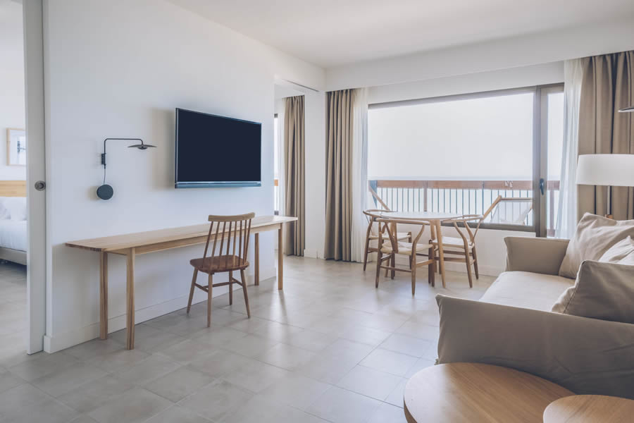 Discover the Sea View Suite at the Hotel Aya in Playa de Palma