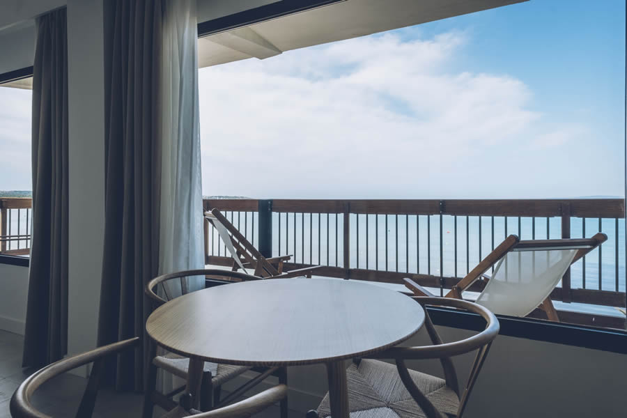 discover the sea view suite of the Hotel Aya in Playa de Palma