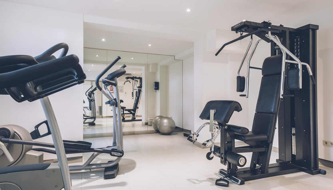 Get in shape in the fitness room of Hotel Aya in Playa de Palma